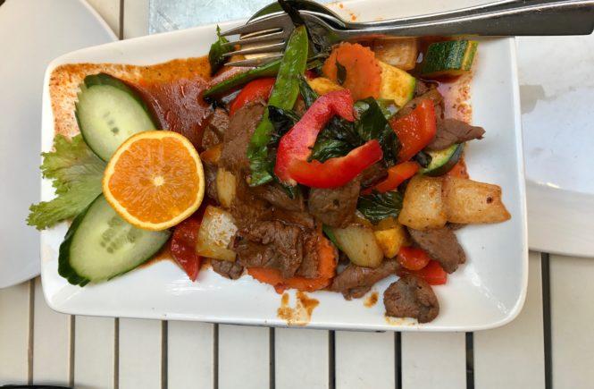 Indonesisch essen gehen in Köln, Tofu, Vegetarisch essen gehen in Köln, Essen im belgischen Viertel