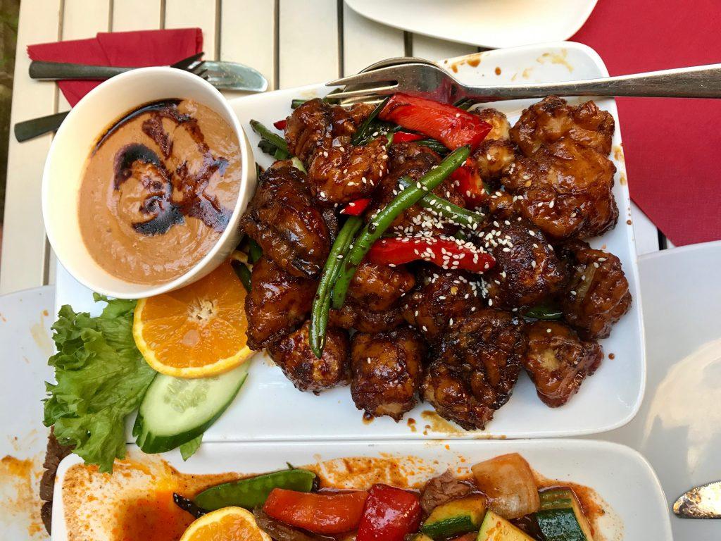 Tofu Hauptspeise beim Warung Bayu