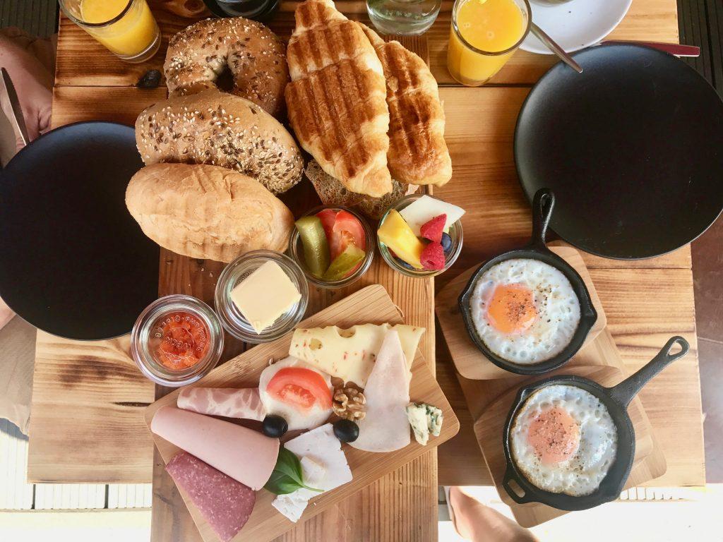 Frühstück für Zwei im Café Buur im Belgischen Viertel